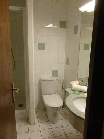 Hotel Savoie: SdB