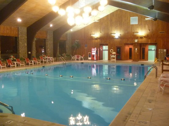Peek'n Peak Resort and Spa: pool
