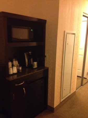 Hilton Garden Inn Jackson Downtown : Room Amenities