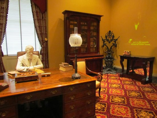 Old Capitol Museum : Governor's Office