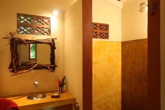 Hotel bungalows SolyLuna los Almendros.: 506/26421190