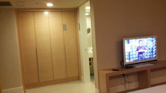 TH Hotel Kota Kinabalu: Room - Deluxe King