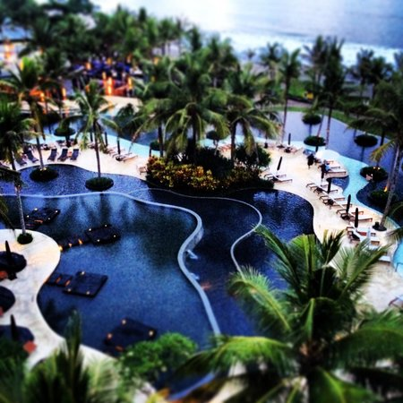 W Retreat & Spa Bali - Seminyak: W Retreat pool