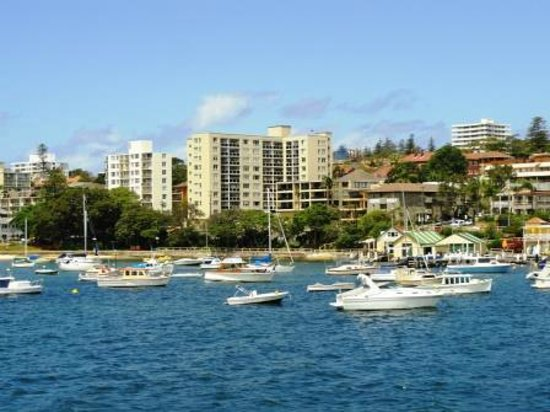 Manly Scenic Walkway : on the ferry ride over