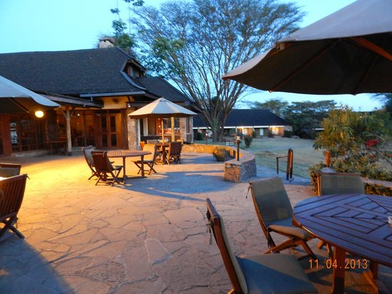 Keekorok Lodge-Sun Africa Hotels: The porch which overlooks the grounds.