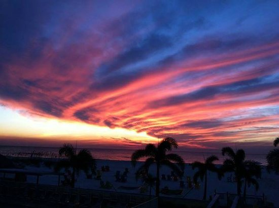 Plaza Beach Hotel - Beachfront Resort: Sunset over the Gulf at Plaza Beach Resort