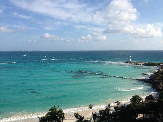 Grand Fiesta Americana Coral Beach Cancun : vista desde el balcon de la habitacion
