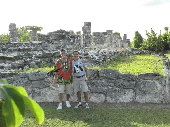 Zona arqueológica El Rey: MORE RUINS