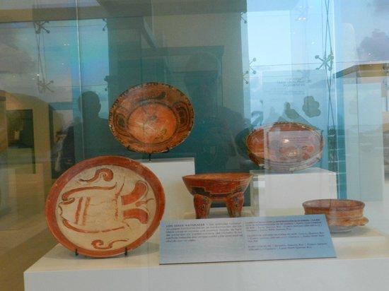 Museo Maya de Cancun: NEAT POTTERY