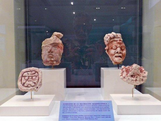 Museo Maya de Cancun: MORE MASKS
