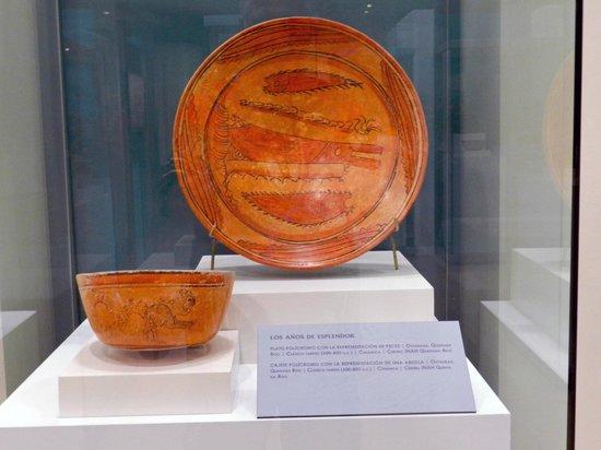 Museo Maya de Cancun: WOW NEAT POTTTERY