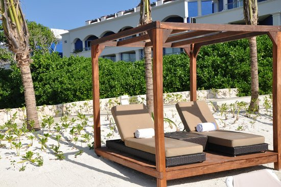 Hard Rock Hotel Riviera Maya: Bali Beds on Heaven side
