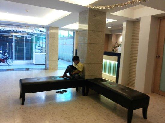 Gateway Hotel : Lobby