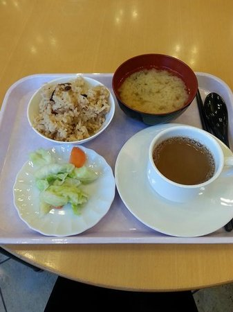 Toyoko Inn Haneda Airport 1: simple breakfast