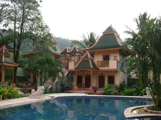 Coconut Beach Resort: На территории отеля