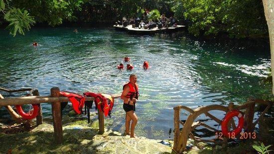 Cenote dentro del resort Picture of Sandos Caracol Eco Resort