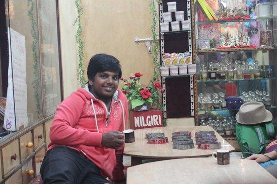 Vishnu Tea Emporium: Vishnu in his shop