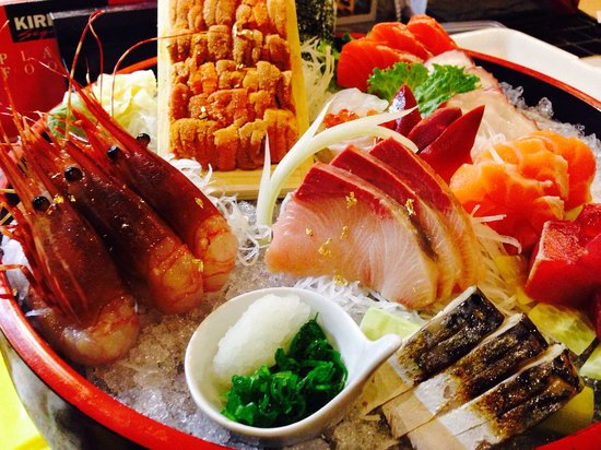 Watami Sushi and Sake Bar: Sashimi set