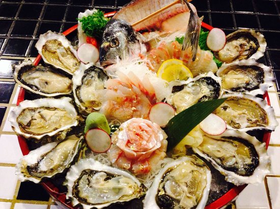 Watami Sushi and Sake Bar: Oysters and special fish