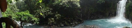 Rio Celeste: hotel trail