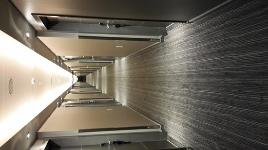 Radisson Blu Waterfront Hotel: 13 floor corridor