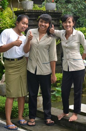 Villa Agung Khalia: Friendly staff
