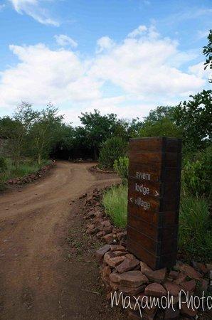 Singita Sweni Lodge: Entrance to Sweni