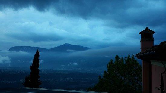 Renaissance Tuscany Il Ciocco Resort & Spa: Cerca del cielo...
