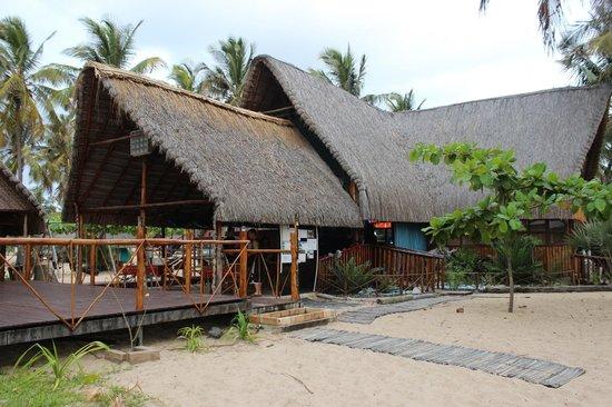 Areia Branca Lodge: Bar& Pool Area