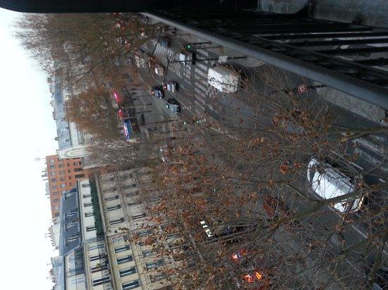 Alane Hotel : street view