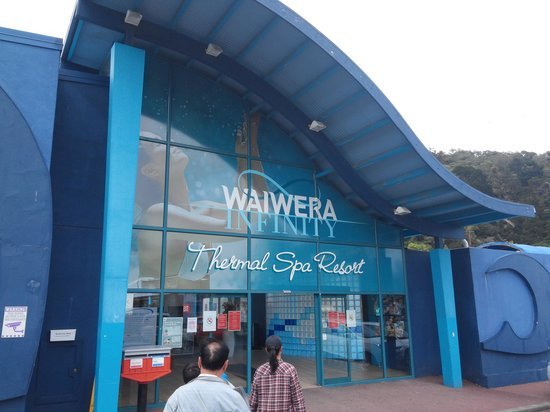 Waiwera Thermal Resort & Spa: entrance