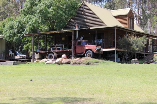 Hunter Country Lodge & Shakey Tables Restaurant: Retro bits make for character
