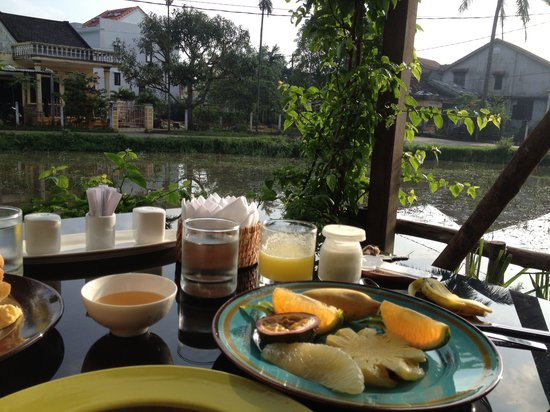 Hoi An Chic Hotel: Breakfast at Hoi An Chic