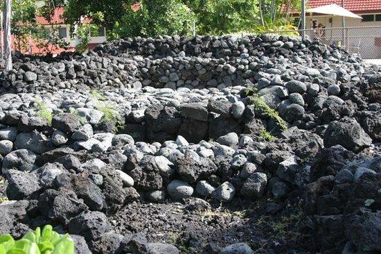 Keauhou Kona Surf & Racquet Club: Hale Mua - ancient Hawaiian men's house situated adjacent to the pool
