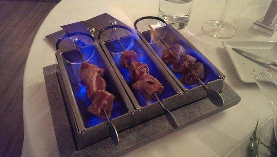 L'Estaminet: Brochettes de thon flambé...! Un RE GA LE!!