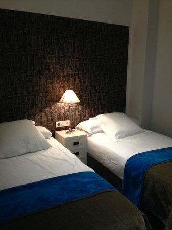 Angla Boutique Apartments Consell de Cent : 2nd bedroom is small.