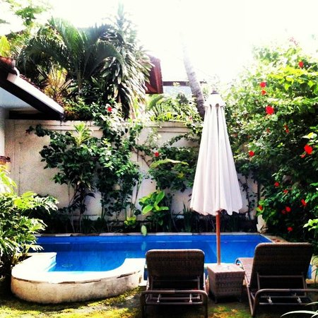 Umadasa Seminyak: Pool in the BnB