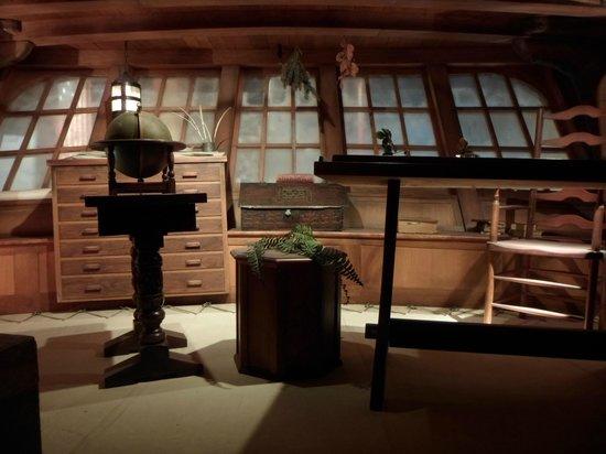 IMAX Victoria In the Royal BC Museum: Interior navio
