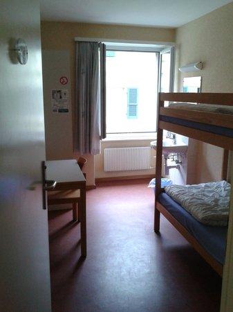 Bern Backpackers - Hotel Glocke: Schlafsaal mit 6 Betten