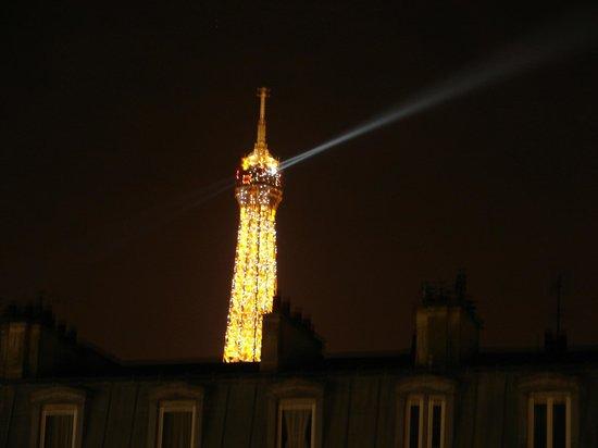 Le Relais Saint Charles: Eiffel view