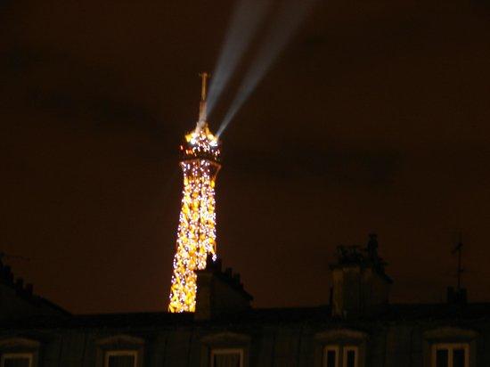Le Relais Saint Charles: Eiffel view 2