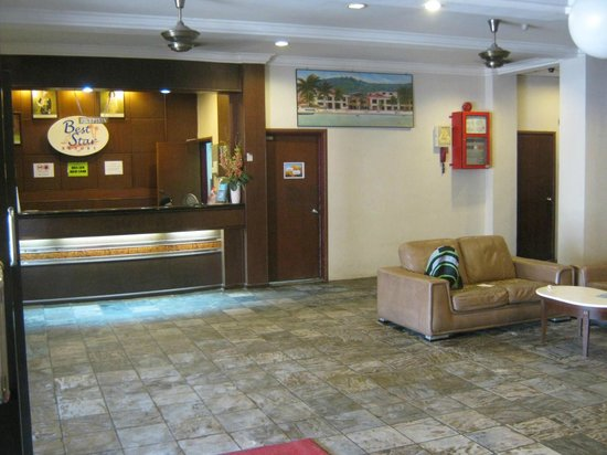 Best Star Resort: Reception area