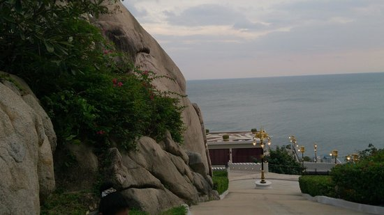 Jamahkiri Resort & Spa: Near the entrance