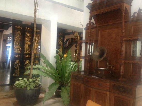 Museum Hotel: Entrance