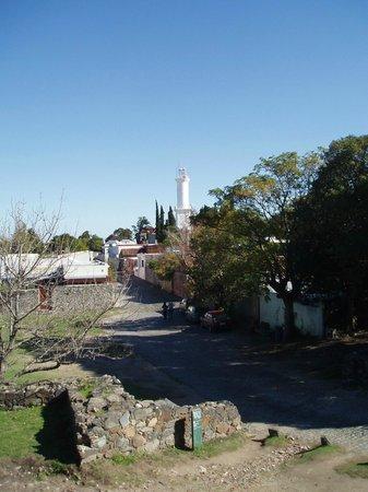 Puerta de la Ciudadela: Vue sur le Barria Historico depuis les remparts, en direction de l'ouest et du phare