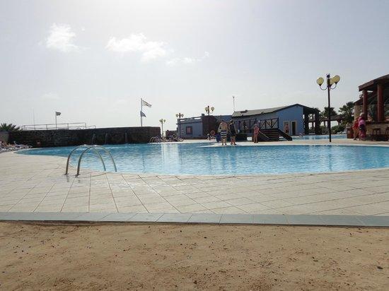 VOI Vila do Farol : piscina