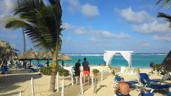 Luxury Bahia Principe Ambar Blue Don Pablo Collection : Playa