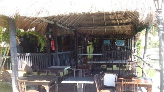 Beach House Imperial Laguna Cancun Hotel: Restaurant, it was closed:(