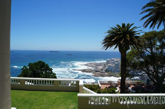 Ellerman House: View from Grass