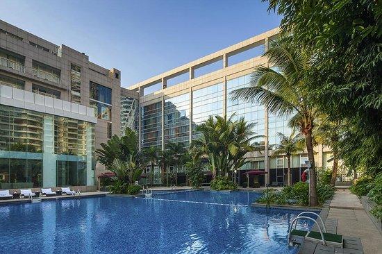 Swimming Pool Foto De Novotel Shenzhen Bauhinia Shenzhen Tripadvisor